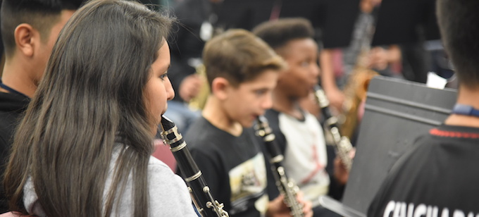 Gililland_BandStudentsPlaying_680x308